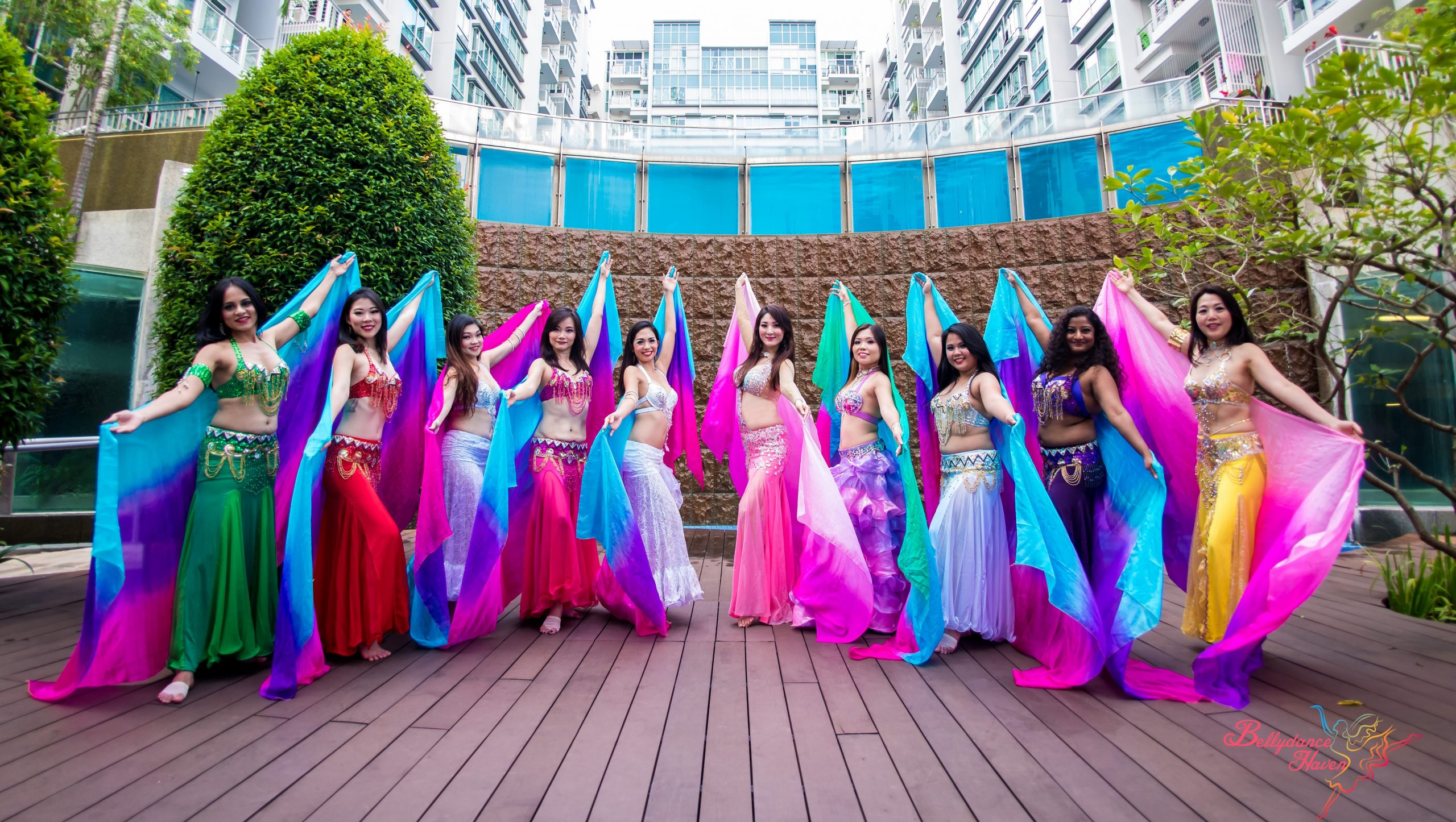 belly dancers in group 3